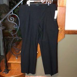 NWT Plus Lauren Ralph Lauren Black Dress Slacks.